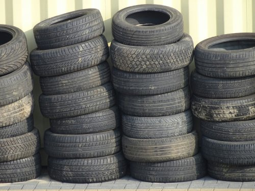 old-used-tires.jpg